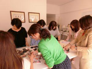 パーソナルカラーアナリスト養成講座プロコース 東京青山のカラースクールならサロン・ド・ルミエール