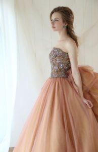 パーソナルカラー オータムにおすすめのカラードレス
