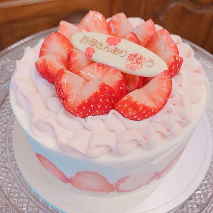 サンフルーツのいちごケーキ