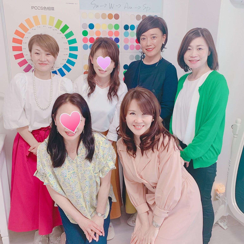 パーソナルカラーアナリスト養成講座なら東京青山のパーソナルビューティーカラー研究所 サロン・ド・ルミエールへ