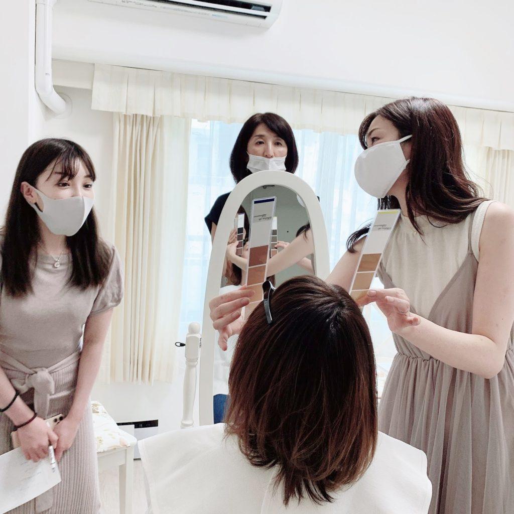 東京・青山のパーソナルカラーアナリスト養成講座 ベーシックコース授業風景