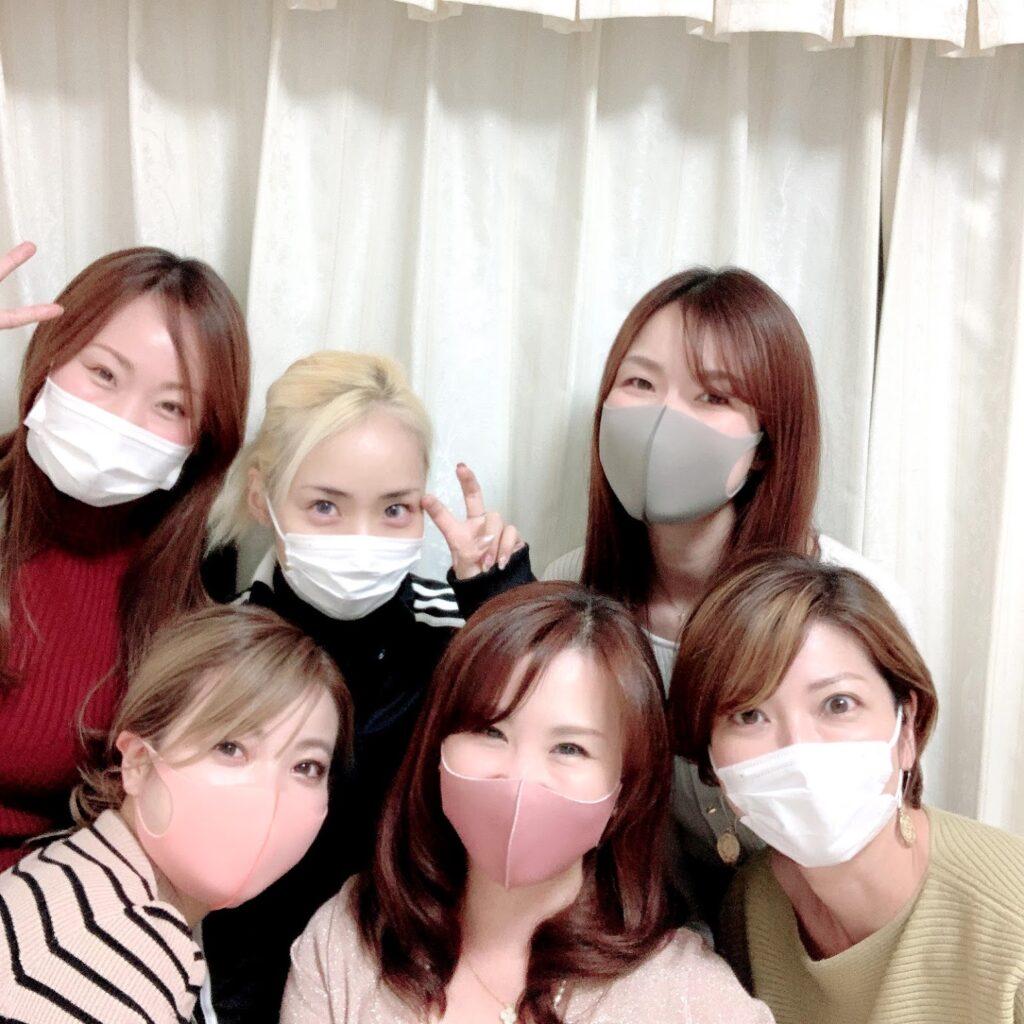 東京・青山のルミエール・アカデミー 骨格診断、顔診断のビューティースタイルアナリスト養成講座授業風景