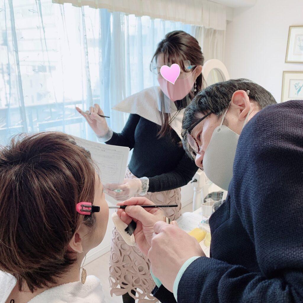 PBCIルミエール・アカデミー メイクアップアドバイザー養成講座 授業風景